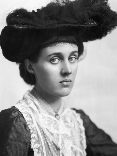 Vanessa Bell (1910)
